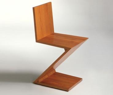 Zig zag chair designed by gerrit thomas rietveld duddu c brall - Celebrity furniture designers ...